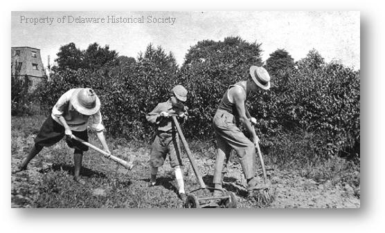 Description: http://www.hsd.org/HistoricReprod/Photographs/People/PH_P_0001_Arden%20gardeners_1910.gif